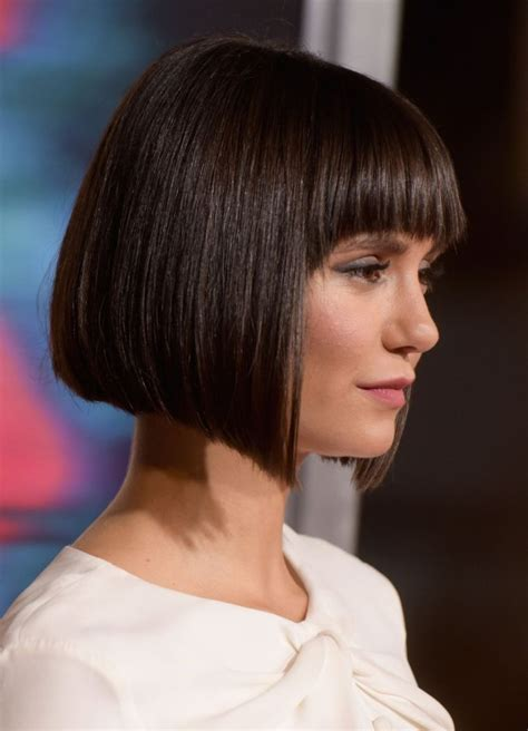 carre tres court coiffure simple  facile