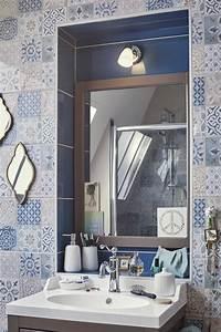 illuminez votre salle de bains leroy merlin With carrelage adhesif salle de bain avec rampe eclairage led interieur