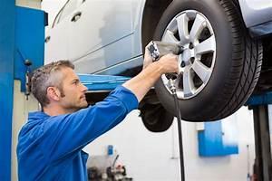 Changement Pneu Voiture : changement de pneus bomer e pneus ~ Medecine-chirurgie-esthetiques.com Avis de Voitures