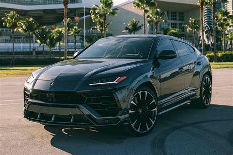 Lamborghini Urus - Gray - Lux Miami