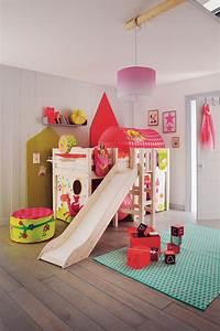 Lit Fille Ikea : lit enfant fille ikea simple chambre prsente un lit ~ Premium-room.com Idées de Décoration
