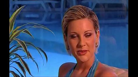الساعي ينيك السكرتيره وكاميرا الامن تصورهم افلام نيك Sex