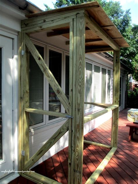 Hometalk   Build A Catio ~ a Tiny Screen House for Kitty Cats!