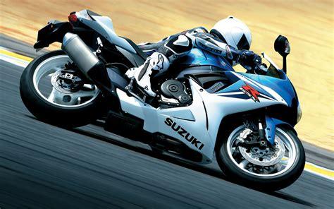 2011 Suzuki Gsx R600 Wallpapers