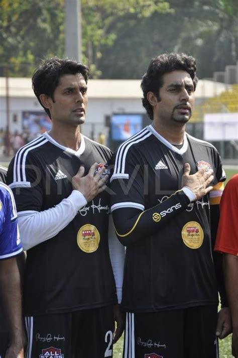 abhishek bachchan aditya roy kapur   celebrity football match