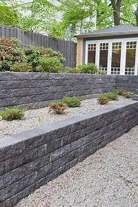 Steine Für Beete : sch ne terrassierung im garten statt einer einzigen mauer ~ Lizthompson.info Haus und Dekorationen