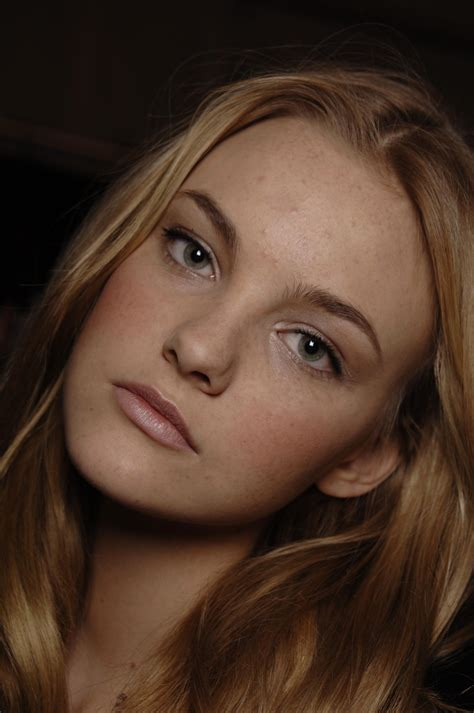 caroline trentini photo    pics wallpaper