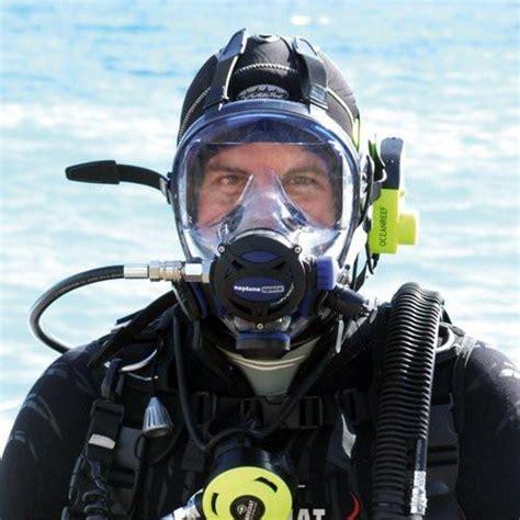 padi full face mask diver beach cities scuba centers