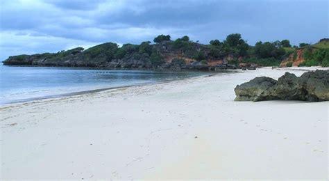 Pulau Savu Island (East Nusa Tenggara Indonesia) cruise ...