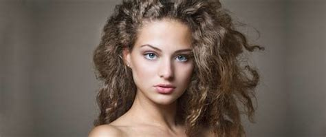 Hairstyles For Thick Curly Frizzy Hair by 50 Hairstyles For Frizzy Hair To Enjoy A Hair Day