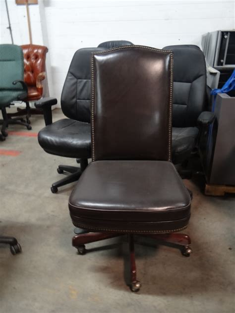 Used Leather Armchair by Used Leather Chairs Office Furniture Office Furniture