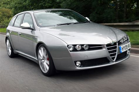 Alfa Romeo 159 Sportwagon by Alfa Romeo 159 Sportwagon Pictures Auto Express