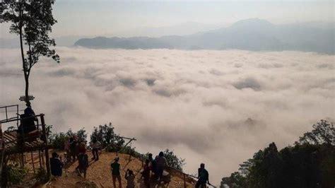 kisah penemuan wisata negeri  atas awan  lebak banten