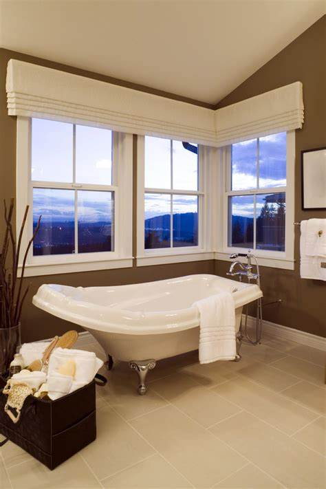 Bathroom Window Valances by Dazzling Valances Window Treatments In Bathroom