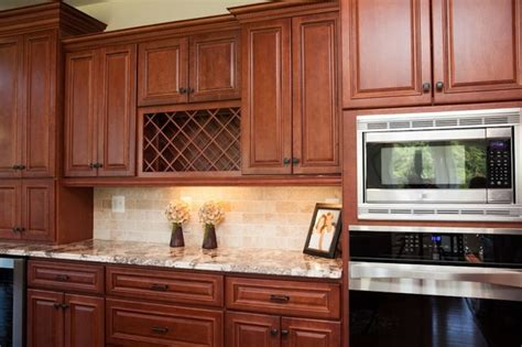 Backsplash Ideas For Cherry Cabinets by Cherry Kitchen Caninets And Backsplashes Ideas House