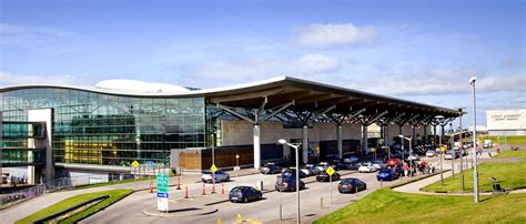 bureau de change dublin airport bumper start to summer as passenger numbers soar