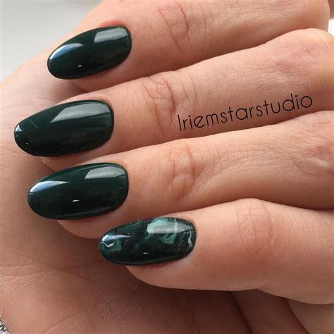 Модный педикюр 2020 свежие фото новинки трендового дизайна ногтей .