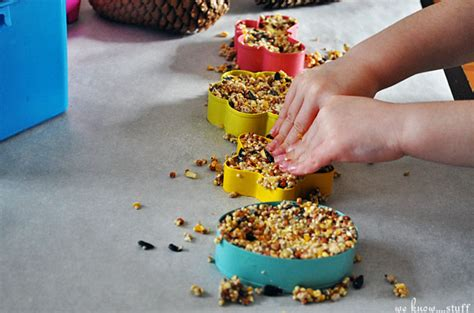 bird feeder craft for preschoolers diy bird seed feeders easy to make nature friendly 254