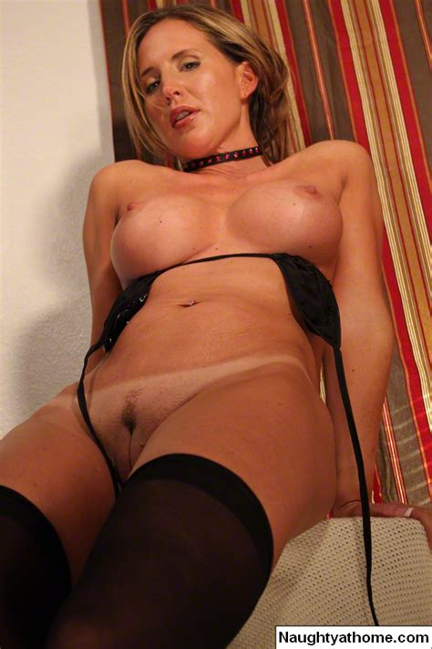 Sexy Milf In Vinyl And Stockings Gets Naugh Xxx Dessert
