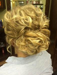 30 Hottest Bridesmaid Hairstyles For Long Hair - PoPular ...  Curly