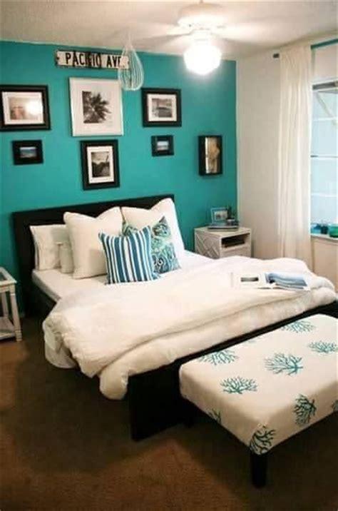 ideas decoracion interiores color azul turquesa