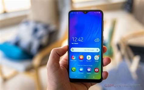 samsung galaxy m10 review design build quality and 360 degree view