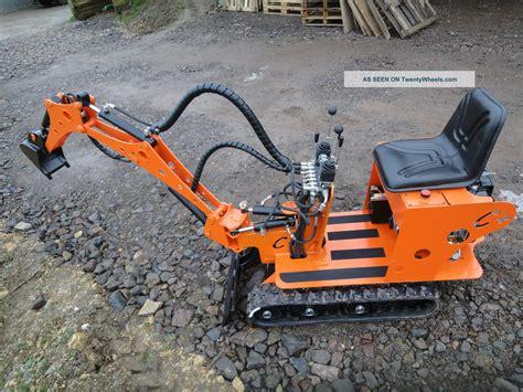 micro mini digger excavator la sauterelle  kit   ports