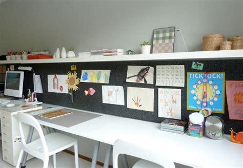 ikea bureau white 10 idées pour utiliser les étagères flottantes blanches