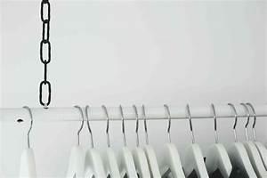 Regal Unter Der Decke : diy wardrobe area h ngende kleiderstange do live ~ Lizthompson.info Haus und Dekorationen