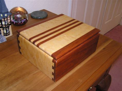 small box   blind dovetail joints woodworking