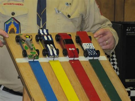 monday project report pinewood derby   sleeve