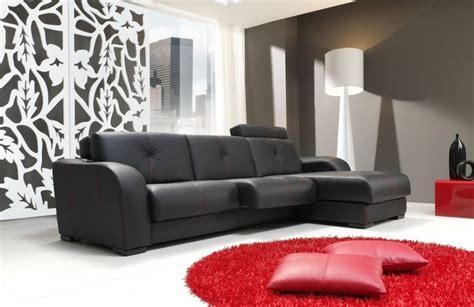 salon en negro  blanco  toques de color rojo