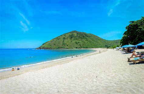 gambar pantai mawun beach lombok tengah ntb lokasi