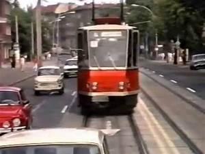 Bus Berlin Bielefeld : east berlin tram bus rides 1989 youtube ~ Markanthonyermac.com Haus und Dekorationen