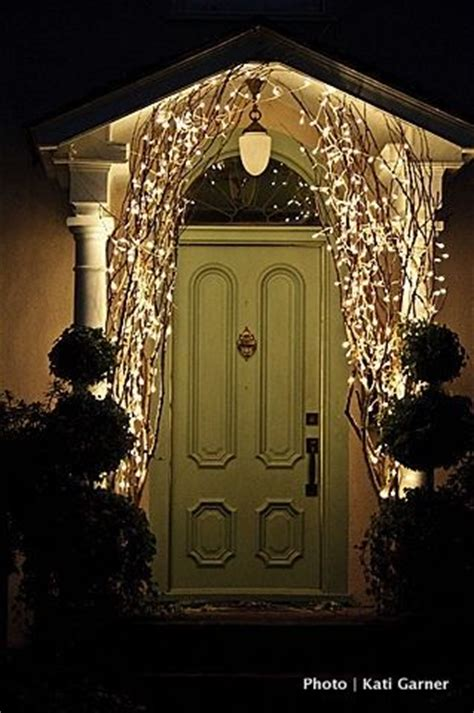 simple outdoor christmas light decorating ideas