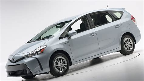 2019 Toyota Prius Pictures new 2019 toyota prius v pictures toyota car prices