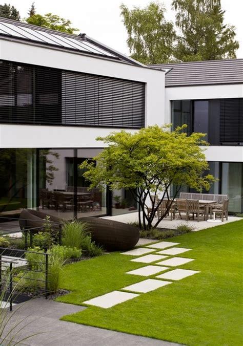 Moderne Gartengestaltung Bilder by Gartengestaltung Sichtschutz Beispiele Gartengestaltung