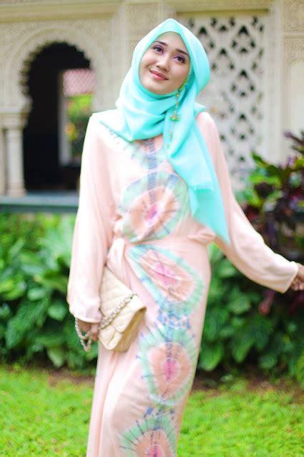 pintar pakai jilbab hijab style  dian pelangi  peony