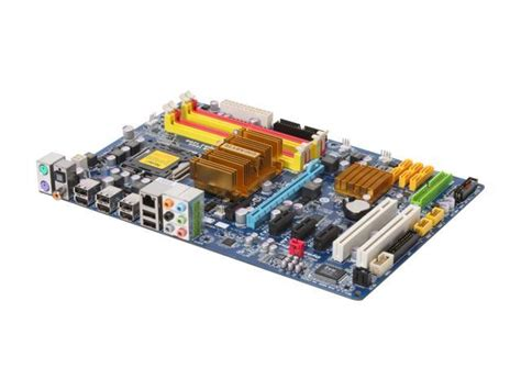 GIGABYTE GA-EP45-DS3L LGA 775 Intel P45 ATX Intel ...