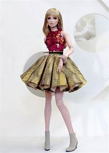 Collecting Fashion Dolls by Terri Gold 2014-11-23
