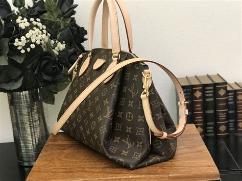 louis vuitton monogram canvas rivoli mm