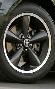 2008 Ford Mustang Bullitt - Photo Gallery