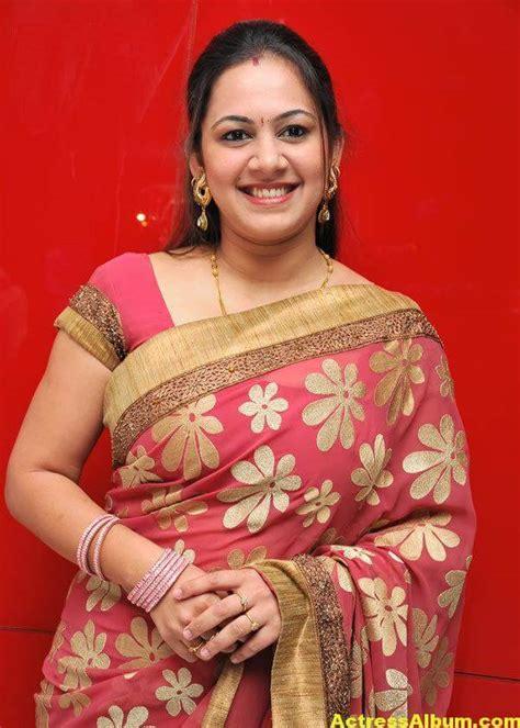 sun tv anchor archana hot sexy  saree actress album
