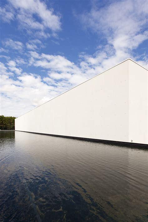 10 grands architectes pour 10 grands vins architectes