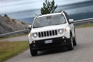 Jeep Renegade Essai : fiche technique jeep renegade 1 4 multiair 140 bvr6 l 39 argus ~ Medecine-chirurgie-esthetiques.com Avis de Voitures