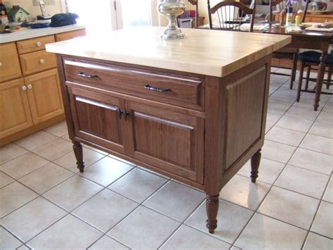 pictures of kitchen islands walnut kitchen island with butcher block top finewoodworking 4214