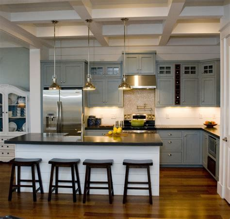 Hondros Cottage   Traditional   Kitchen   Raleigh   by S&W