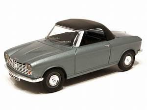204 Cabriolet Occasion : peugeot 204 cabriolet 1968 aquavit 1 43 autos miniatures tacot ~ Medecine-chirurgie-esthetiques.com Avis de Voitures