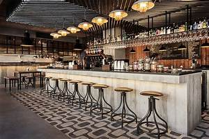 Honorato: An Inspiring Industrial Bar Design in Portugal
