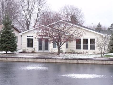foreclosed cottages michigan 111 chickasaw trl prudenville michigan 48651